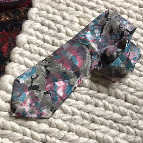 Vintage Other - Vintage Floral DON LOPER Beverly Hills Tie